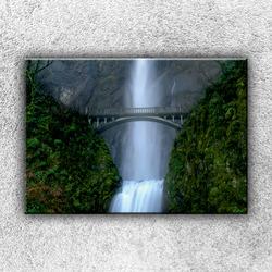 Foto na plátno Most u vodopádu 50x35