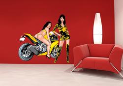 Barevná samolepka na zeď Dívky u motorky 2