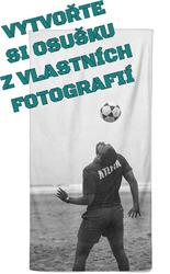 Osuška z vlastních fotografií a textů pro fotbalisty