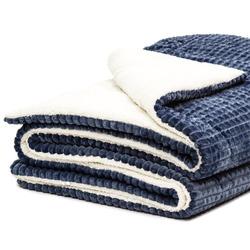 Mikroflanelová deka s imitací ovčího rouna
