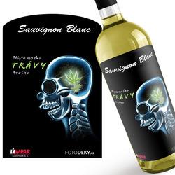 Víno Místo mozku trávy trošku